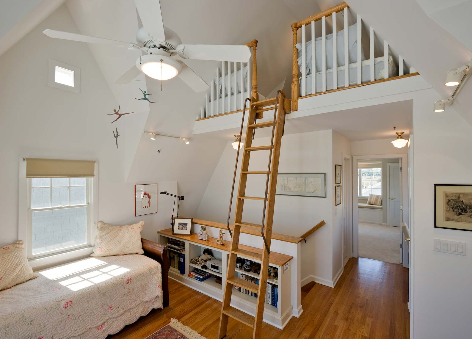 Beach house - Bedroom and Loft - Manasquan, NJ